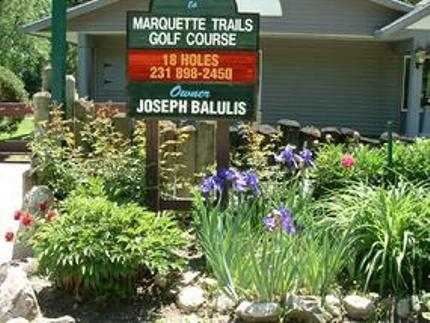 Marquette Trails Country Club
