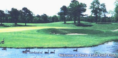 Swan Lake Golf Club, Manorville, New York, 11949 - Golf Course Photo