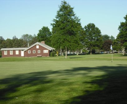 Golf Course Photo, D. W. Field Golf Course, Brockton, 02301