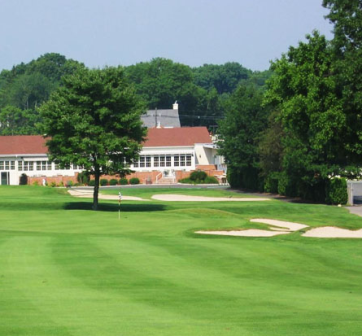 Metuchen Golf & Country Club,Edison, New Jersey,  - Golf Course Photo