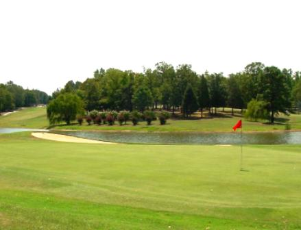 Kerr Lake Country Club | Kerr Lake Golf Course, Henderson, North Carolina, 27536 - Golf Course Photo