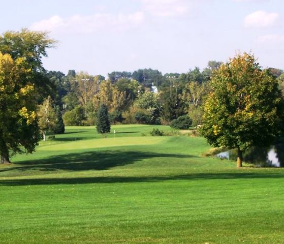 Golf Course Photo, American Legion Memorial Golf Course, Marshalltown, Iowa, 50158