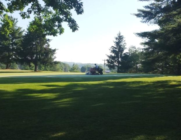 Bays Mountain Golf Club., Church Hill, Tennessee,  - Golf Course Photo