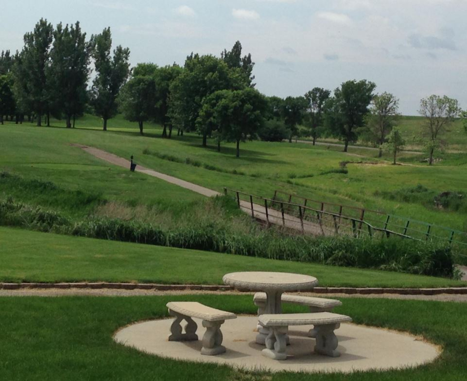 Fisher Grove Country Club | Fisher Grove Golf Course, Redfield, South Dakota,  - Golf Course Photo
