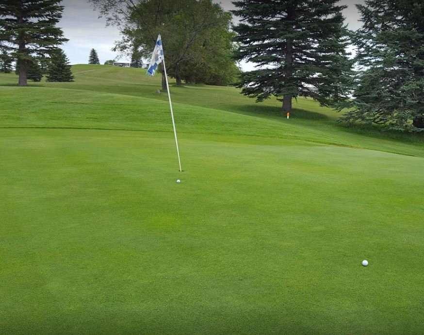 Gackle Country Club | Gackle Golf Course, Gackle, North Dakota,  - Golf Course Photo