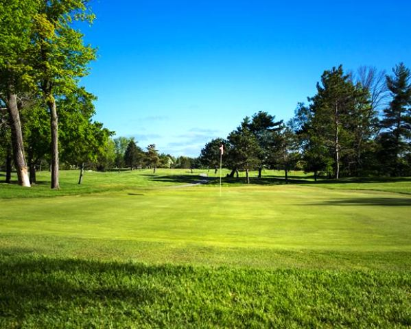 Golf Course Photo, Lakeview Hills Country Club, The North Course, Lexington, Michigan, 48450
