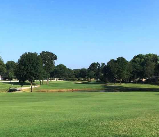 Muskogee Country Club, Muskogee, Oklahoma,  - Golf Course Photo