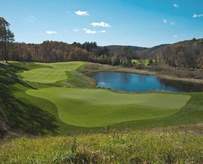 Golf Course Photo, Mohegan Sun Country Club | Pautipaug Country Club, Baltic, 06330
