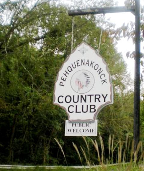 Pehquenakonck Country Club