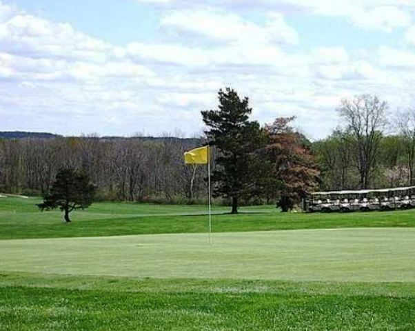 Pleasant Hill Golf Course,Chardon, Ohio,  - Golf Course Photo