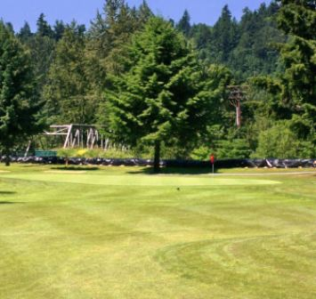 Golf Course Photo, Riverbend Golf Complex, Par 3 Course, Kent, 98032