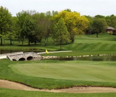 Golf Course Photo, Sunnyside Country Club, Waterloo, 50701