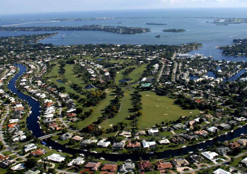 Golf Course Photo, The Yacht & Country Club, Stuart, 34997