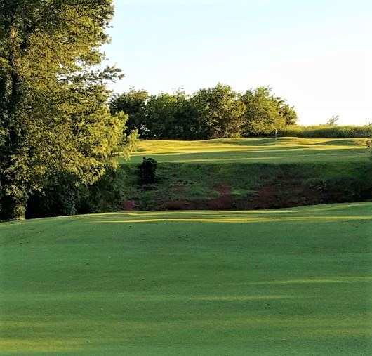 Surrey Hills Country Club, Yukon, Oklahoma,  - Golf Course Photo