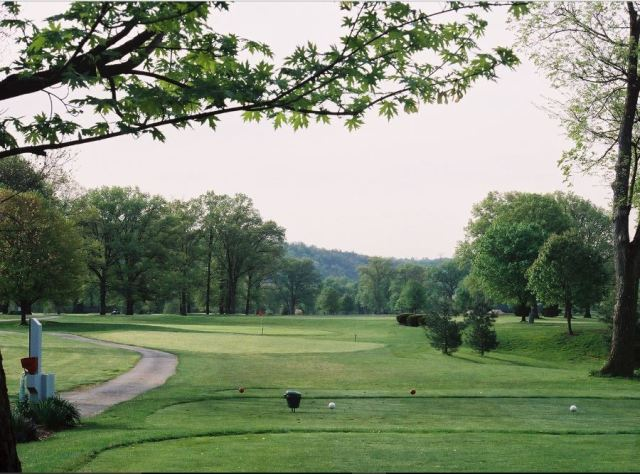 Golf Course Photo, Twin Oaks Golf & Plantation Club, Covington, 41015