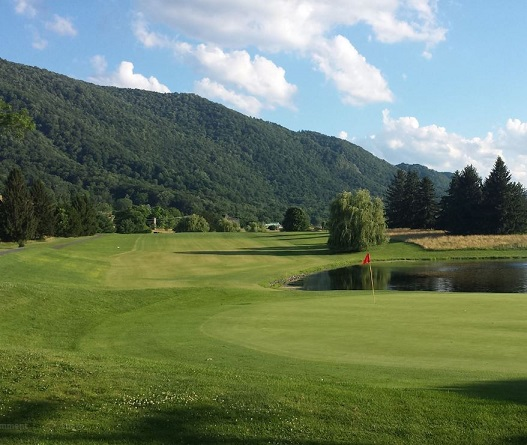 Valley View Golf Course, Moorefield, West Virginia,  - Golf Course Photo