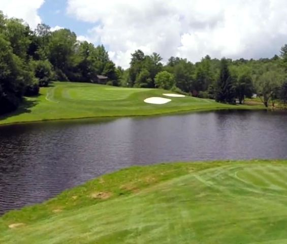 Wildcat Cliffs Country Club